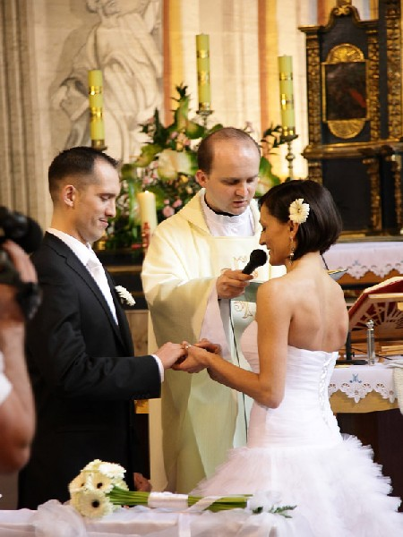 Suknia ślubna Do Wypożyczenia 5